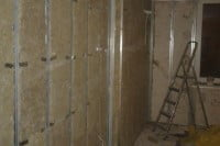 Звукоизоляция потолка, стен и пола квартиры звукоизоляционным материалом macsound prof и звукоизоляционной ватой