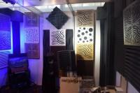Выставочный стенд компании Экосаунд посвященный элементам акустической коррекции, изделиям из акустического поролона и акустического дизайна