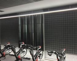 Шумоизоляция спортивного зала акустическими панелями Tetras